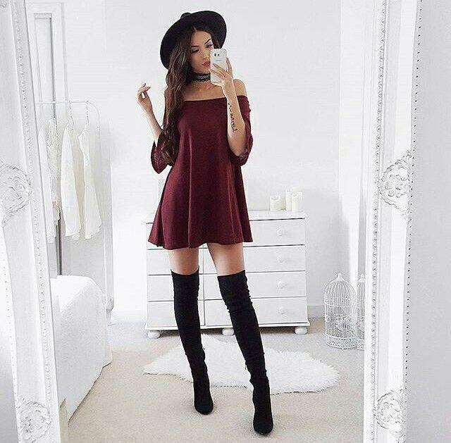 botas negras largas con vestido
