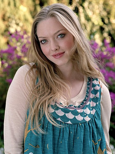 Amanda Seyfried Hot Pictures  All Entry Wallpapers-7944
