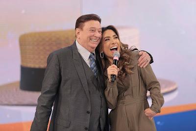 Raul Gil e Patricia Abravanel (Foto: Rodrigo Belentani/SBT)