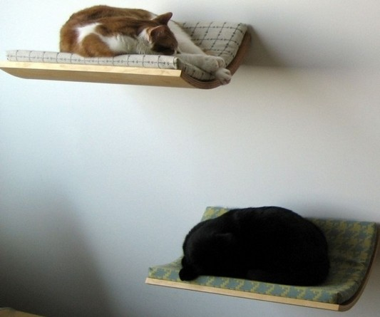 Elvevated Cat Bed Away Grom Dog