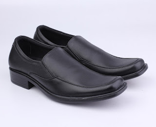 sepatu kerja pria,sepatu kerja guru pria,sepatu formal pria terbaru,sepatu pantofel hitam kulit ori,grosir sepatu kerja murah,suplayer sepatu kerja termurah,gambar sepatu formal pria terbaru tanpa tali,sepatu kerja pria 2017