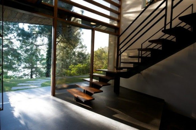Bungalow staircase designs