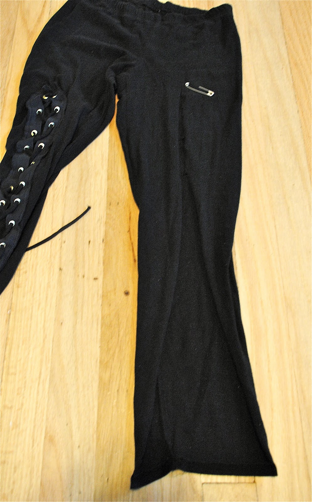 Trash To Couture Diy Edgy Grommet Leggings