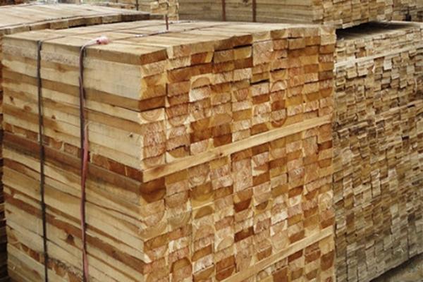 đóng pallet gỗ theo yêu cầu tại Bình Dương