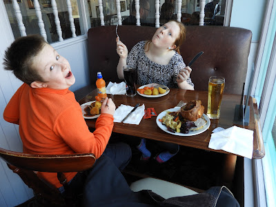 pub lunch carvery yorkshire pudding