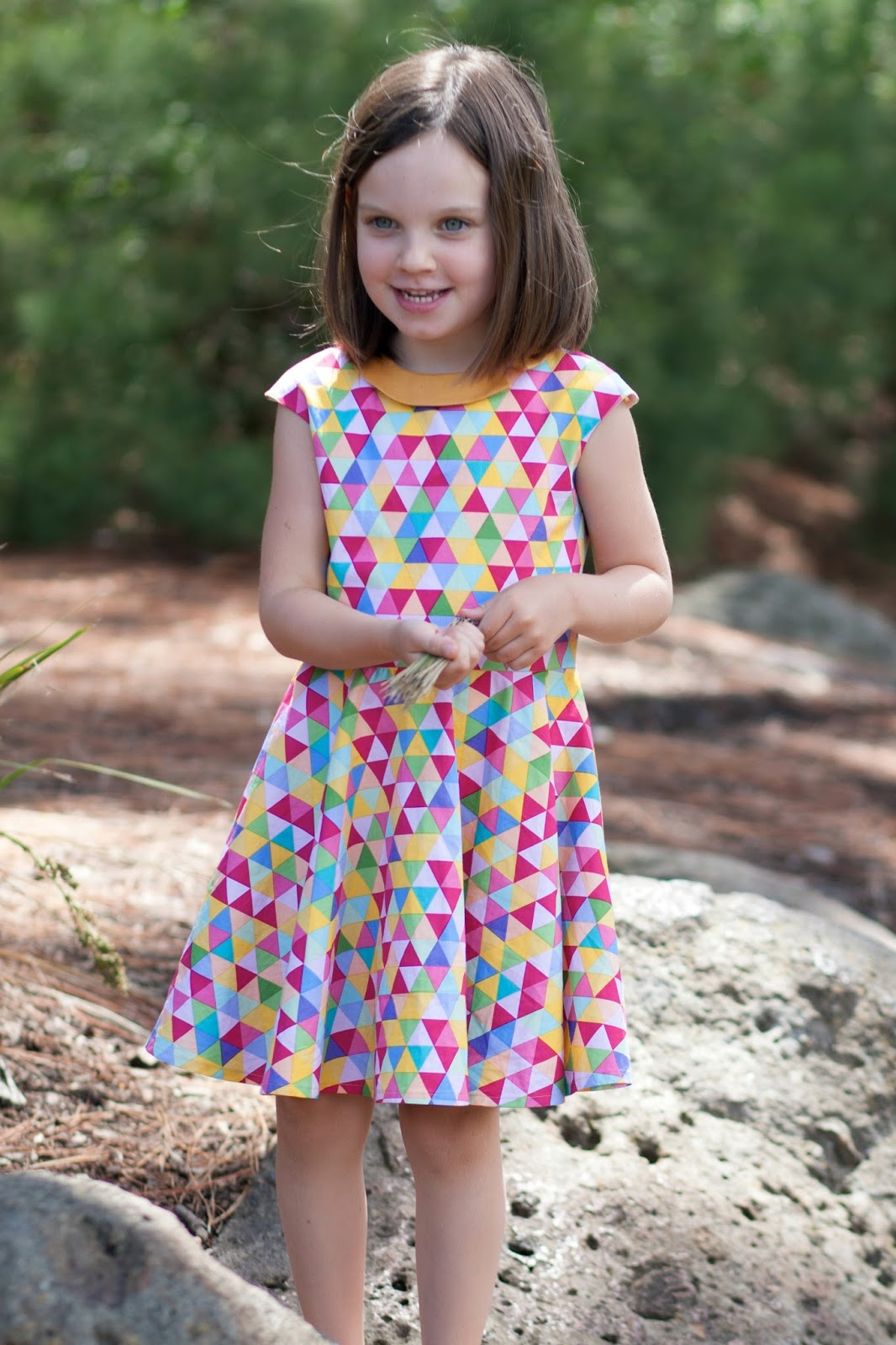 6437d1848539 The rainbow Tinny dress - While she was sleeping