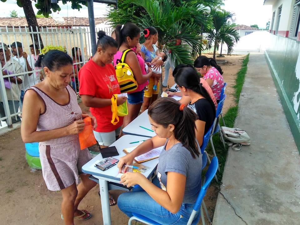 9ffdab85df BLOG DO PAI LOCUTOR  Mogeiro  Famílias do Sítio Chã de Areia recebem ...