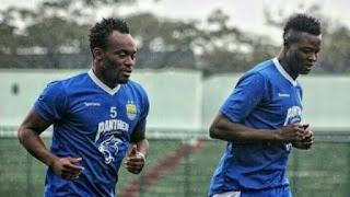Essien dan Ezechiel Masih Terikat Kontrak di Persib, Tapi Pelatih Tetap Menentukan