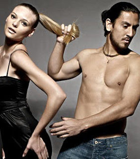 Guillermo and his girlfriend Fabiana at a photo shoot