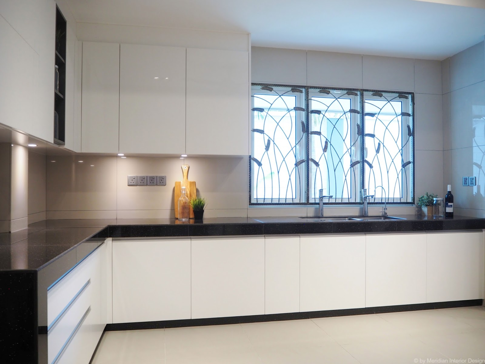 Meridian interior design and kitchen design in kuala for Brand new kitchen designs