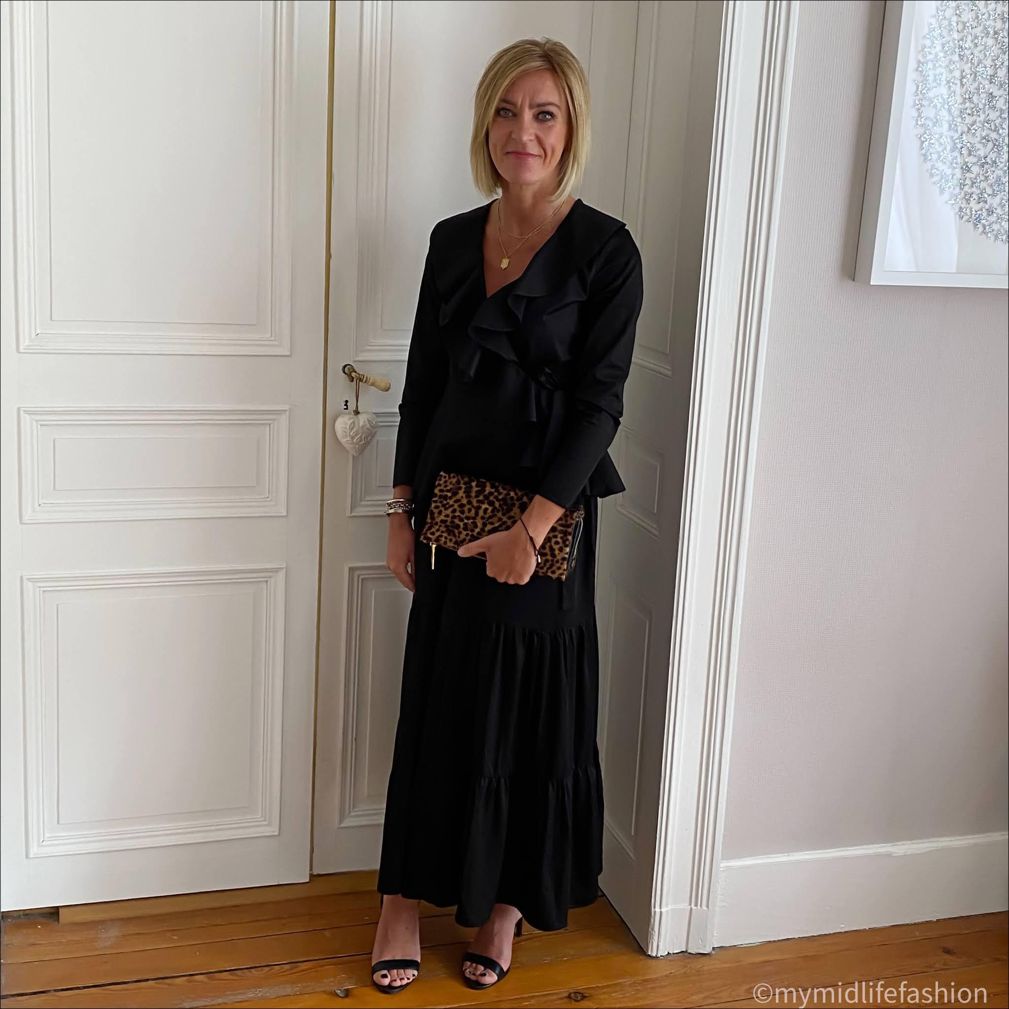 my midlife fashion, saint and Sofia greenwich skirt, saint and Sofia ruffle blouse