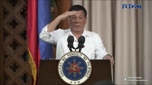 REVEALED: Duterte Ibinulgar kung Sino ang Nagturo sa Kanya na Maging World-Famous Cusser