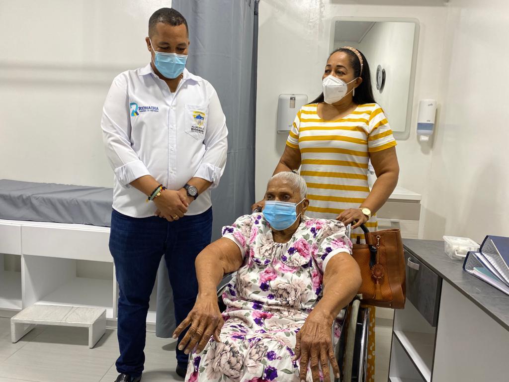 hoyennoticia.com, Riohacha aplica segunda dosis a trabajadores de la salud