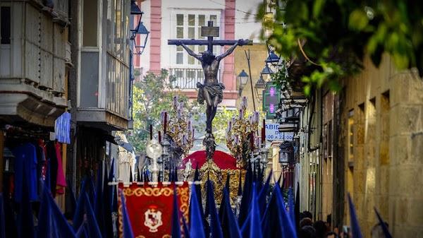Sin acuerdo horario para la configuración del Lunes Santo de Cádiz