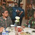 Silahturahmi Ke Kodam III Siliwangi, Ustadz Adi Hidayat Akan Umrohkan 30 Prajurit TNI