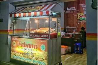 Sabana Fried Chicken yaitu salah satu waralaba kuliner