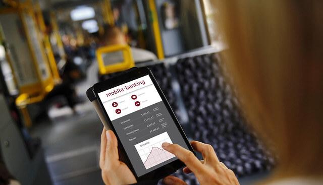 Manfaat Mobile Banking