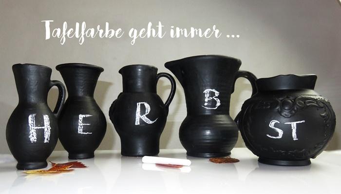 5 verschiedene Vasen mit Tafelfarbe bemalt