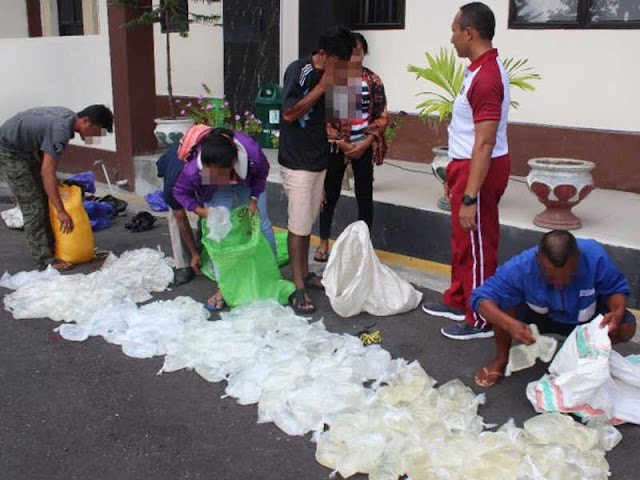 Polda Malut Sita 380 Kantong Plastik Cap Tikus dari Tauro di Pelabuhan Speedboat