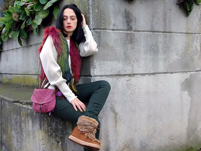 fashion, moda, look, outfit, blog, blogger, walking, penny, lane, streetstyle, style, estilo, trendy, rock, boho, chic, cool, casual, ropa, cloth, garment, inspiration, fashionblogger, art, photo, photograph, Avilés, asturias, zara, vest,