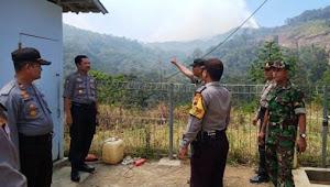 Meski Sudah Padam, Petugas Tetap Pantau Pasca Kebakaran Hutan Lereng Gunung Slamet