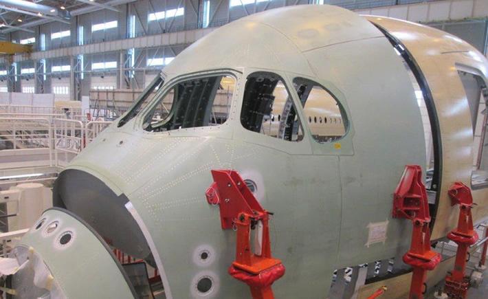 El sector aeroespacial de Baja California alzó la voz por el incremento de hasta 300% en las tarifas eléctricas de la CFE en esta entidad. (Foto: Airbus)