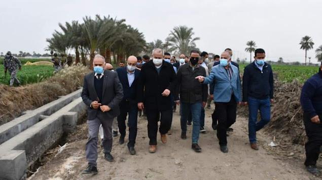 وزير الري ومحافظ الفيوم يتفقدان مشروعات تأهيل وتبطين الأبحر والمساقي بالمحافظة