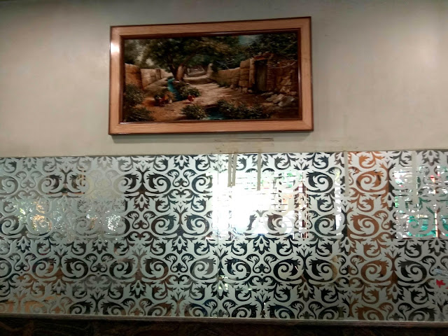 good luck cafe, irani restaurant, bandra, mumbai, incredible india, interior decor