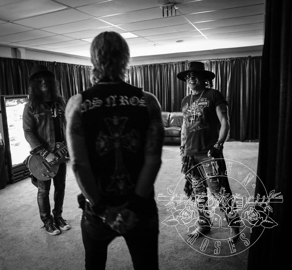 hennemusic: Guns N' Roses reunion tour tops $400 million mark