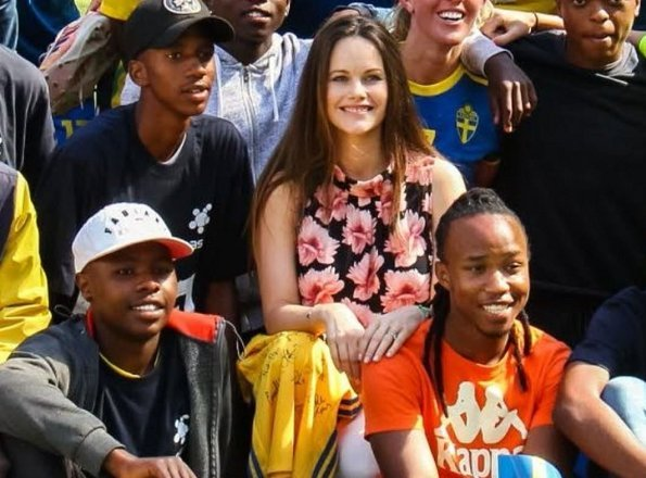 Prince Carl Philip and Princess Sofia of Sweden went sightseeing in Cape Town city of South Africa together with Prince Alexander and Prince Gabriel