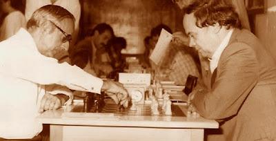 Partida de ajedrez Jaume Anguera - Joan Passolas en 1987