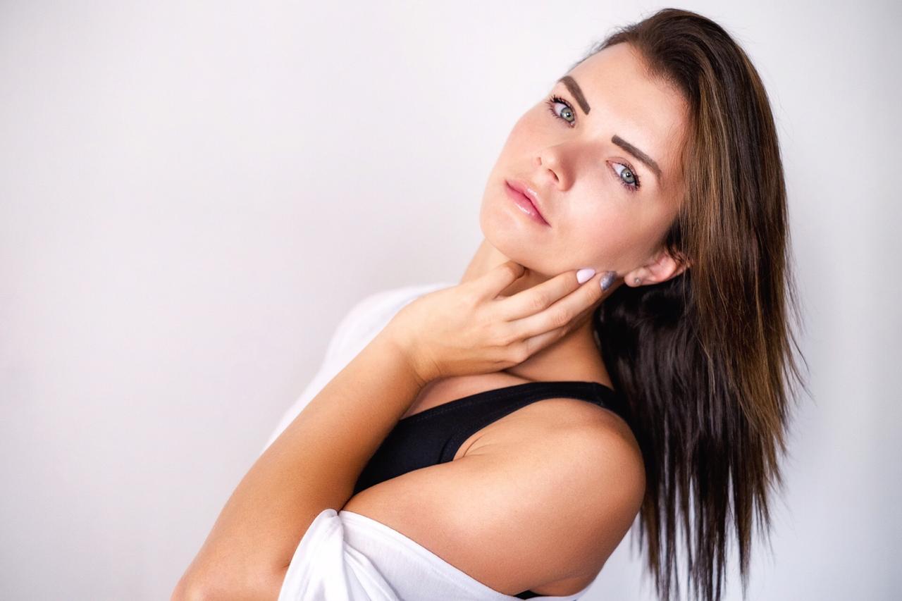 طريقة تبييض الوجه بالنشا