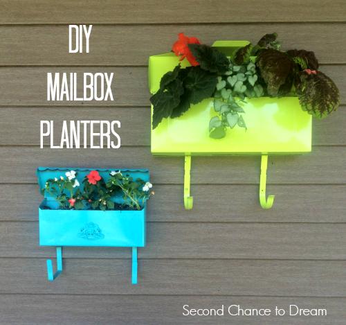 Second Chance to Dream: DIY Mailbox Planters #diygarden #gardening