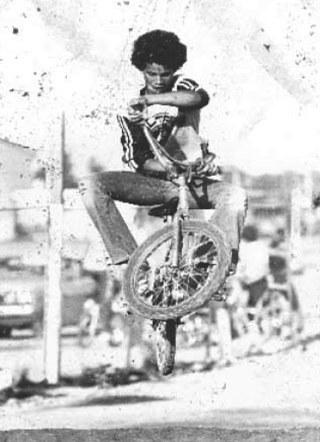 Slash riding BMX in Slash Autobiography PDF Download