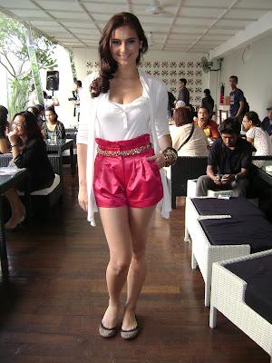 Foto dan Profil Marissa Nasution