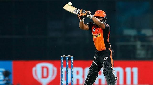 IPL 2021: केदार जाधव ने पारी की अंतिम गेंद पर मारा छक्का, चेन्नई सुपरकिंग्स का ट्विटर पर जमकर उड़ा मजाक