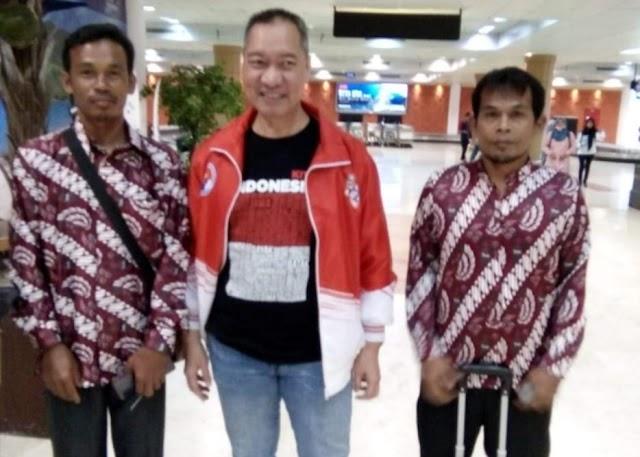 Maa Syaa Allah, Anggota DPR RI Ini Berangkatkan Umroh Relawannya