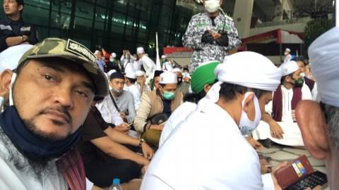 Bandara Tolak Ganti Rugi Kerusakan Kecil, Novel: Si Desi Kalau Tidak Menggongong Tidak Makan