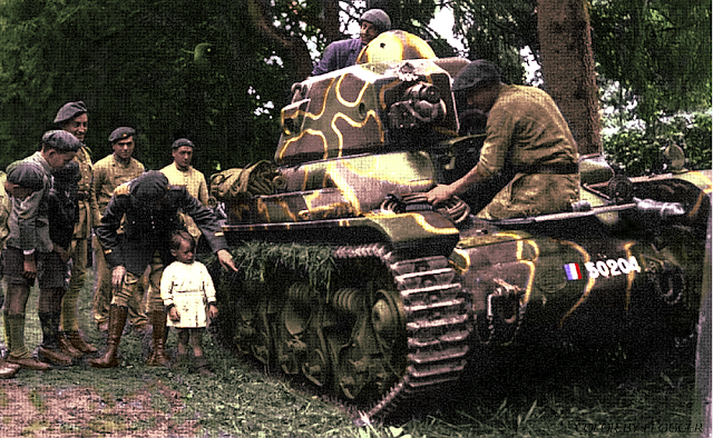 Renault R35 color photos of World War II worldwartwo.filminspector.com