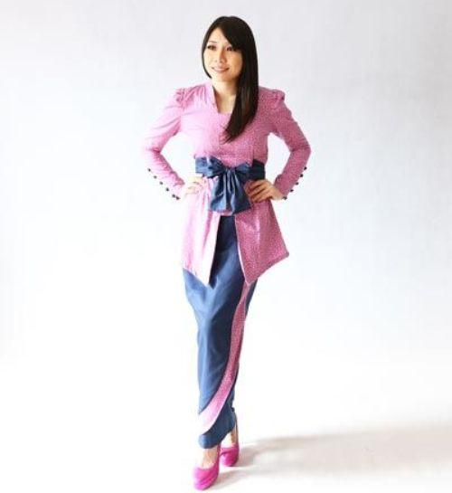 Model Baju Kurung Terbaru Batik Melayu Kombinasi Bordir