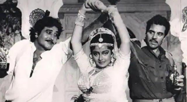 एक्ट्रेस श्रीप्रदा का निधन, कोरोना पाॅजिटिव थी एक्ट्रेस - Bollywood News