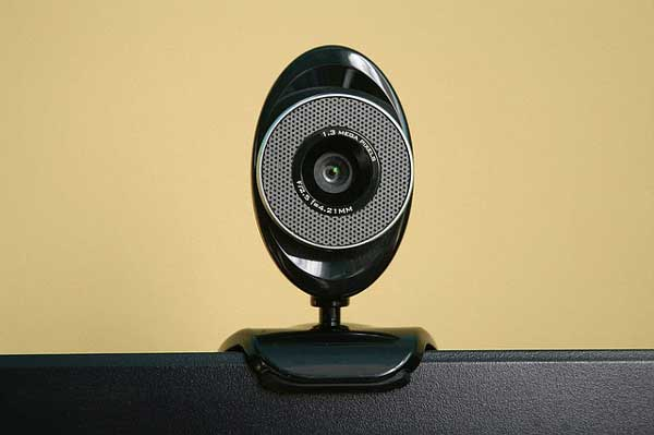cara membuat kamera ponsel jadi kamera-webcam laptop pc
