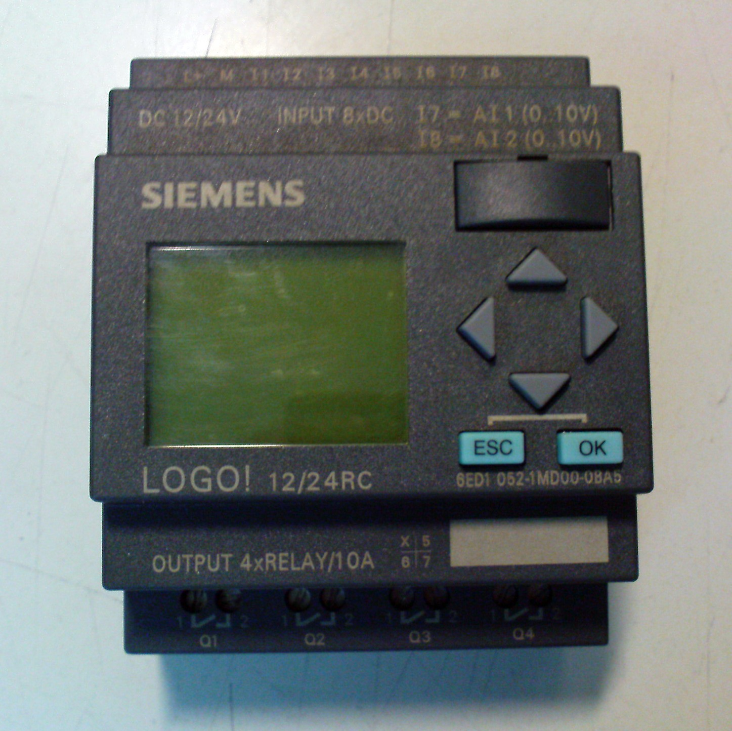 Electrician: Programming example of the small PLC  Siemens LOGO!
