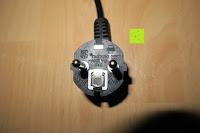 Stecker: Andrew James großer 45cm Bodenventilator aus Metall – 100 Watt, kraftvoller Luftfluss, 3 Geschwindigkeitseinstellungen und verstellbarer Neigung – 2 Jahre Garantie
