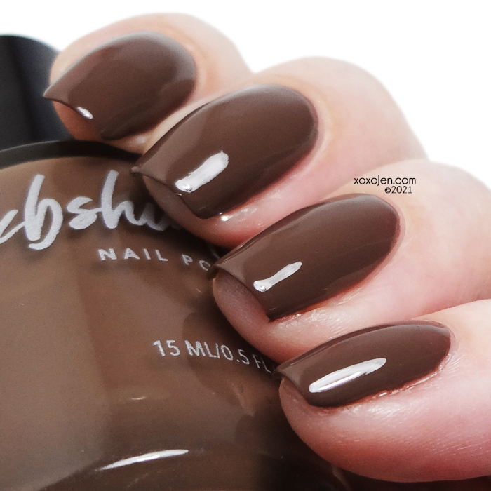 xoxoJen's swatch of KBShimmer What The Fudge?