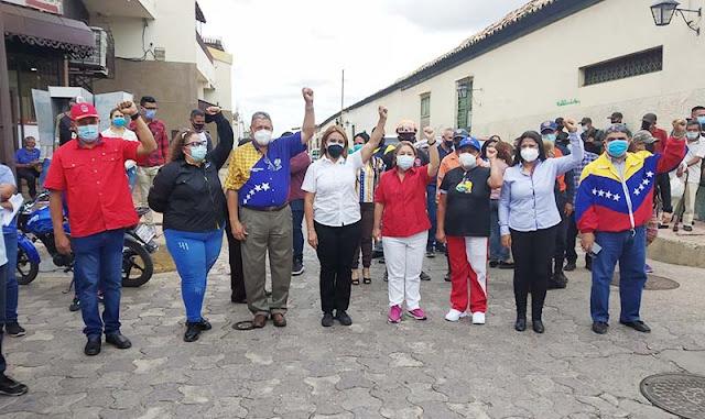 ANTORCHA BICENTENARIA FUE ENCENDIDA EN CARORA