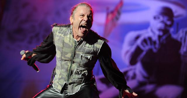 """Bruce Dickinson: """"o show no Rock in Rio foi um dos piores da turnê"""""""