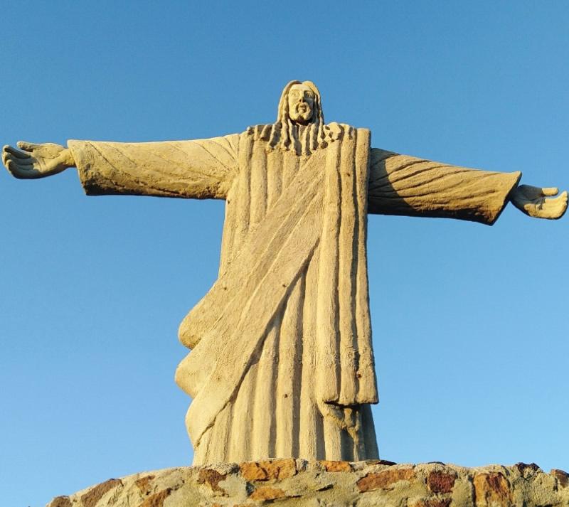 Rio Statue in Turkana