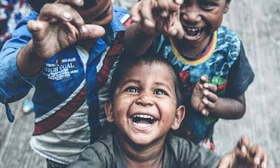 মৌলভীবাজারে ভ্রাম্যমাণ বিদ্যালয় গঠনের উদ্যোগ ; আপনার মতামত দিন