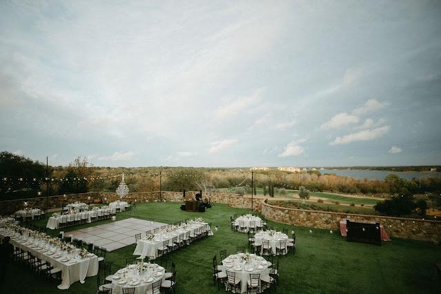 reception on lawn at bella collina